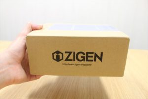 ZIGEN商品の入った段ボール箱の画像