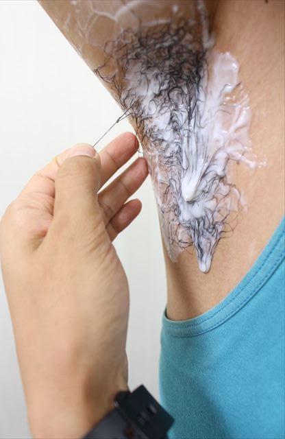 Nullリムーバークリームを使って脇毛除毛する画像15